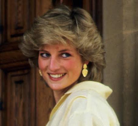 Historical rewind : 31st August 1997 , Diana's Car Crash