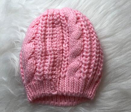 Touca rosa.