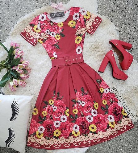 Vestido marsala floral acompanha cinto
