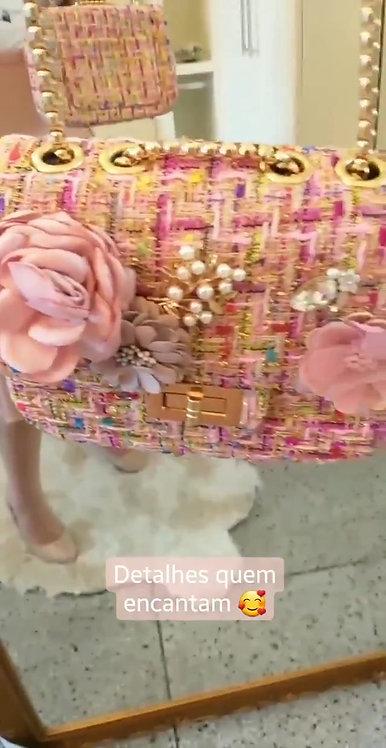 Bolsa rose detalhes aplicações flores