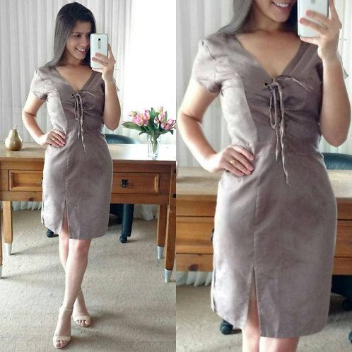 vestido suede amarrações.