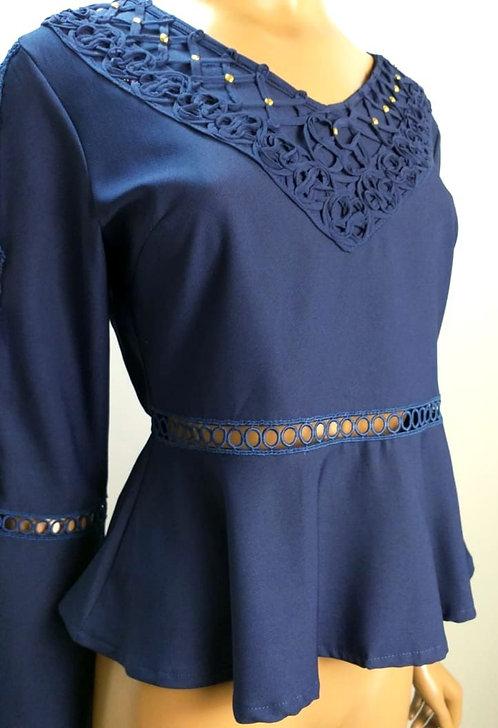 Blusa azul royal manga flare.