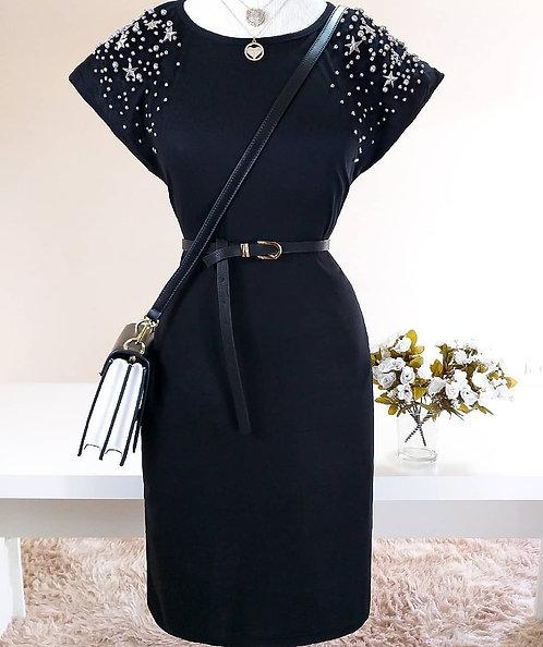 Vestido preto detalhes bolso e bordados