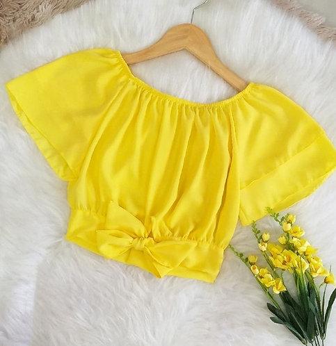 Cropped amarelo detalhes laço manga babados