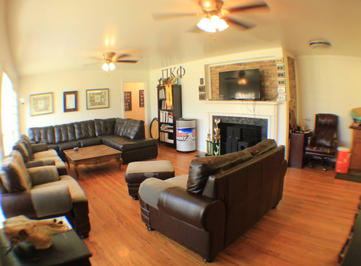 On UNT campus: 4 bed 4 bath house @ 1029 W. Hickory                           $1995.00