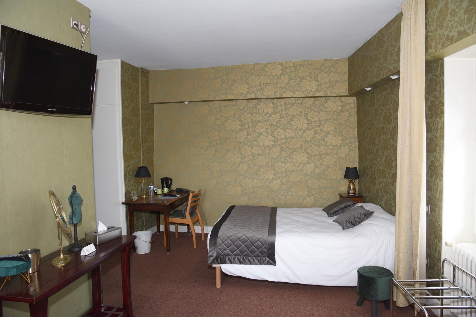 Hôtel Le Baron Crémieu