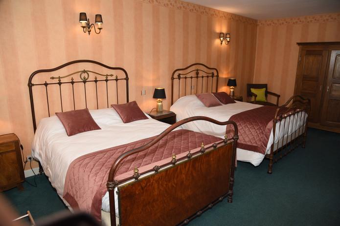 Chambre familiale hotel cremieu