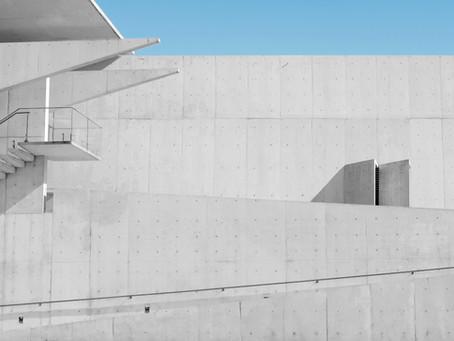 Mur mitoyen: peut-on le surélever sans demander à son voisin ?