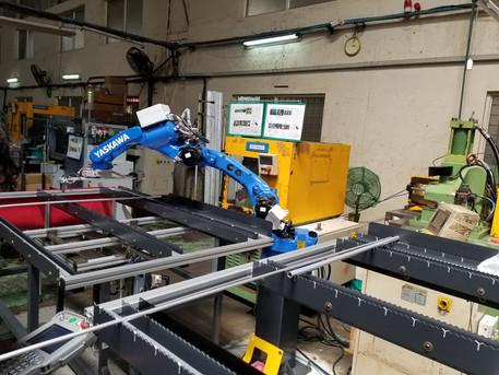 Tube Handling Robot - 1706