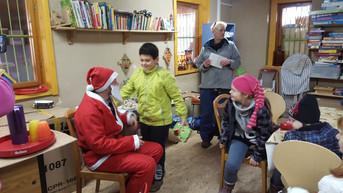 Strahlende Kinderaugen zu Weihnachten im Domino e.V.