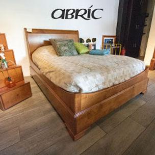 cama de madera.jpg