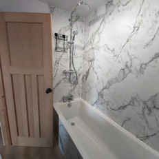 alpine bathroom 2.jpg