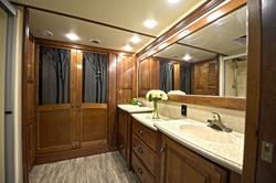 Fifth Wheel RV Bathroom