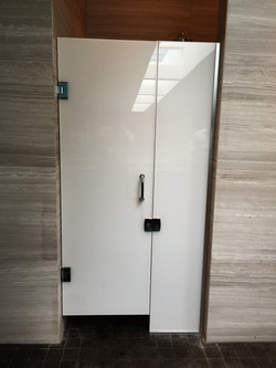 LAMINATED GLASS SHOWER ENCLOSURE