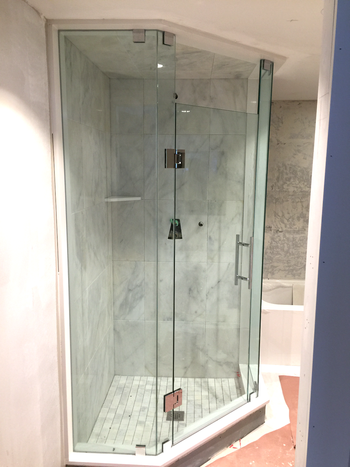 NEO - ANGLE SHOWER ENCLOSURE