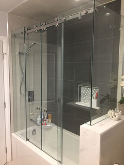 BI PARTING SERENITY SHOWER DOOR