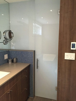 WHITE LAMINATE SHOWER ENCLOSURE