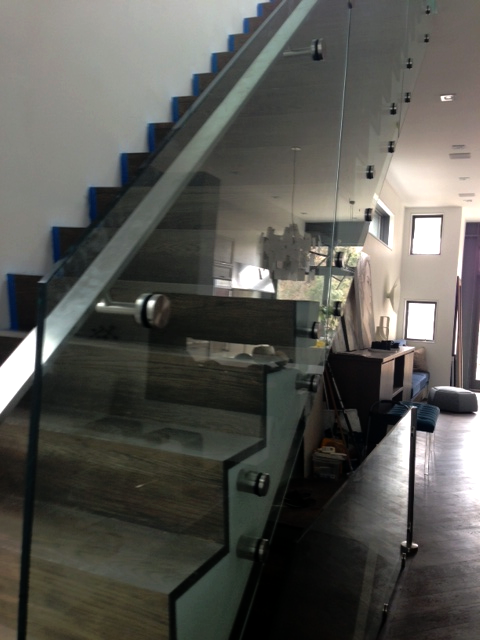 INTERIOR GLASS STAIR RAILING