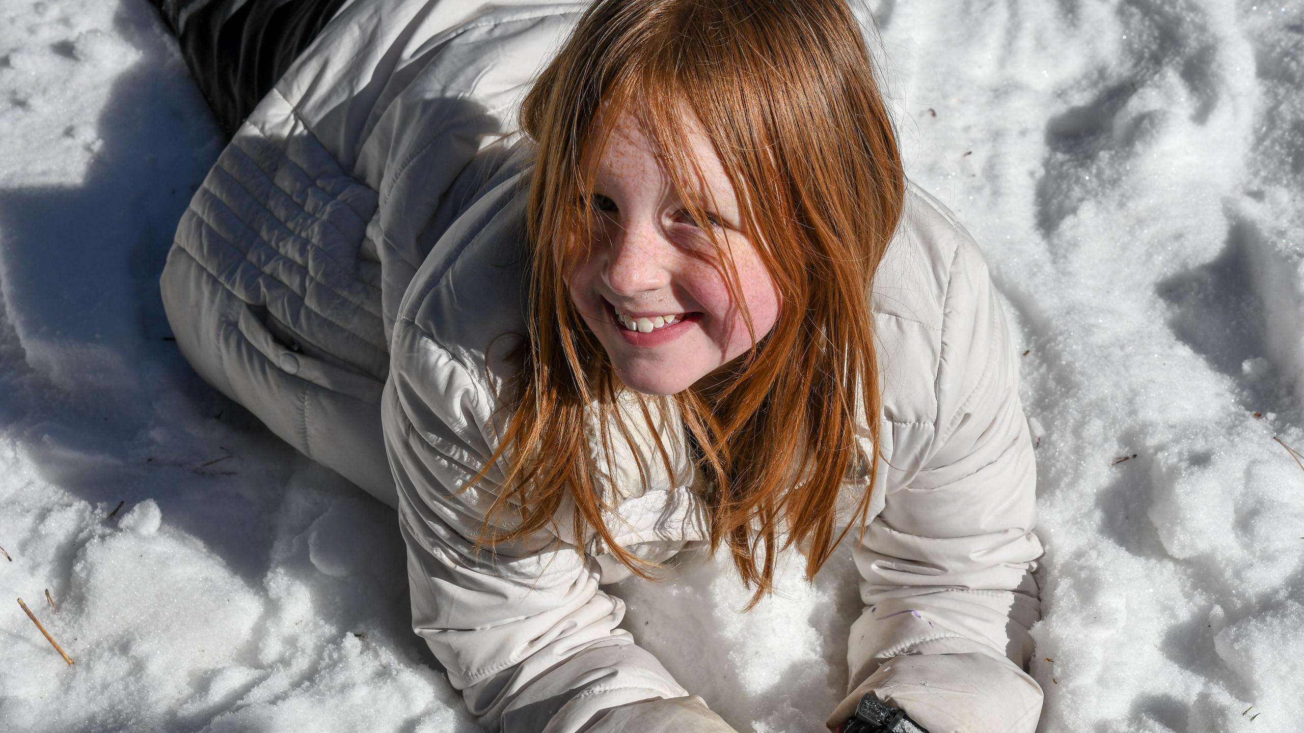 Family Snowshoeing Trip 2-2018-58