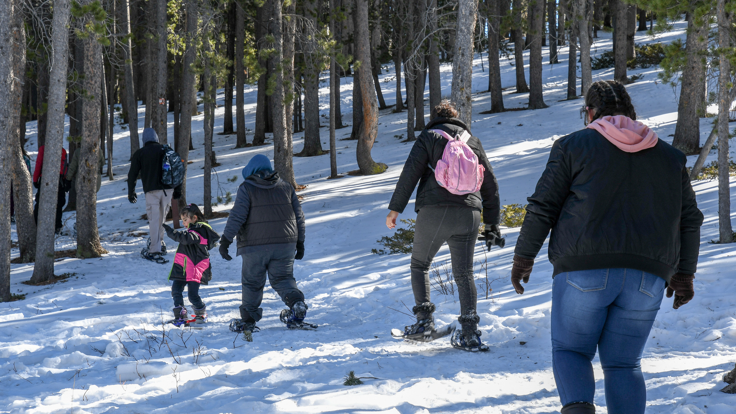 Family Snowshoeing Trip 2-2018-62