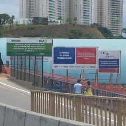 Placas de obra #placaserv #placas #letreiros #fachadas #plotagem #adesivos #painéis #banner #faixas