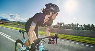 choosing-aero-road-bike-woman.jpg