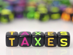 HIGHER TAXES WON'T CAUSE EXODUS OF WEALTHY, SAY EXPERTS