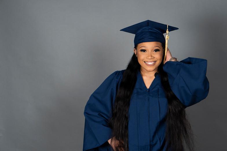 Imani's Graduation shoot 15.jpg