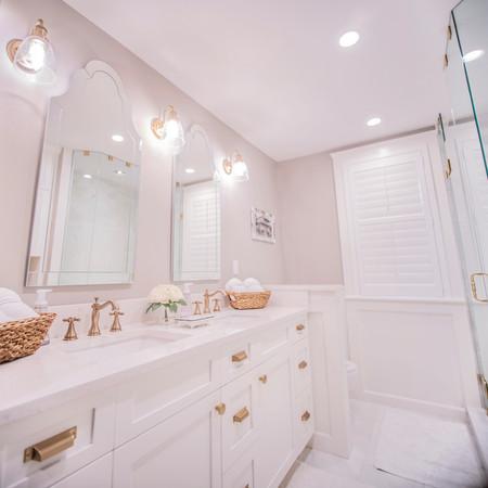 Distinct Designs by Barb -bathroom