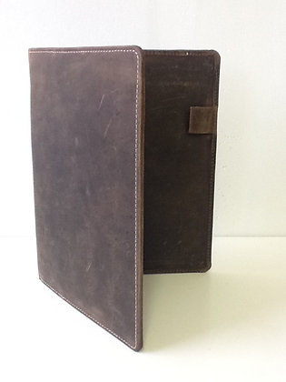 Hunter Leather Passport Case