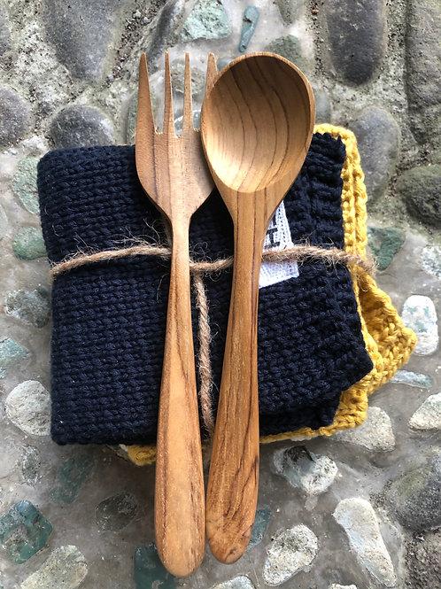 tekowe sztućce podrózne + bambusowa słomka
