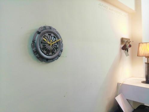 Automotive Wall & Table Decor