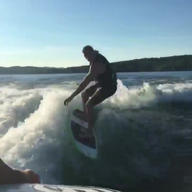 Tige Surfing Video