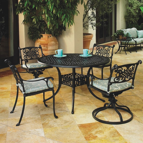Casual-Patio-Furniture-Michigan-Dining-1