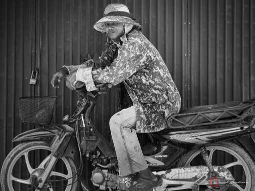 Cammo Bike
