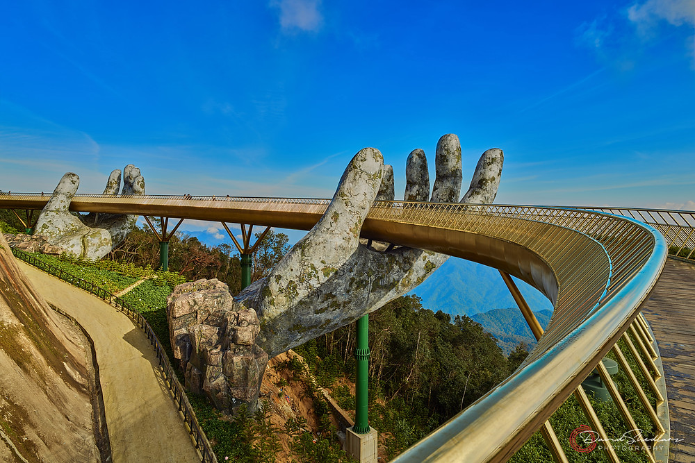 Golden Bridge Ba Na Hills Vietnam 2019