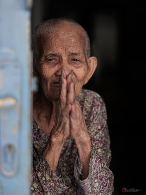 Praying Hands Siem Reap Cambodia.jpg