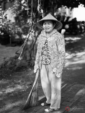 Sweeping Hoi An