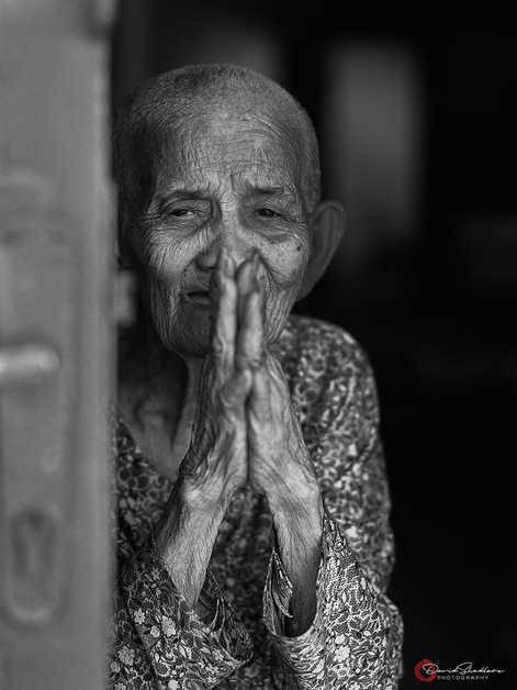 Praying Hands - Platinum Palladium