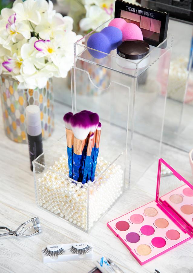 Brushtower makeup brush storage