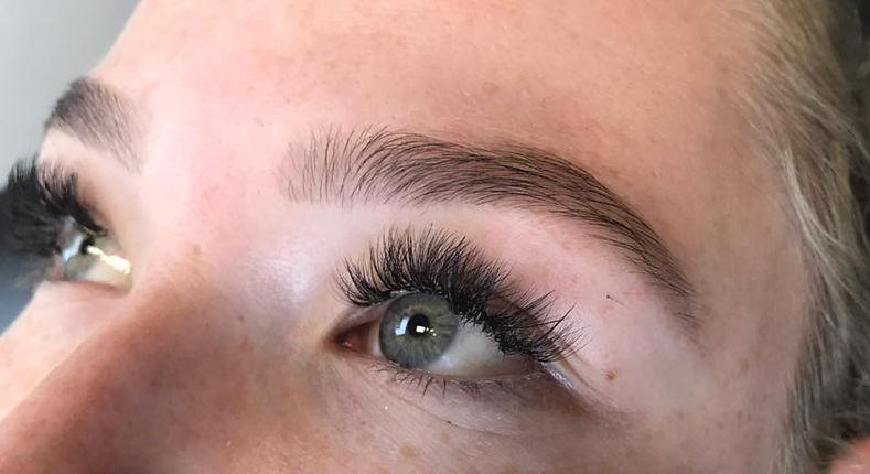 brow wax and tinting
