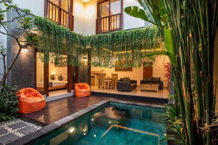 СЕМЬЕЙ ИЛИ С ДРУЗЬЯМИ на Бали