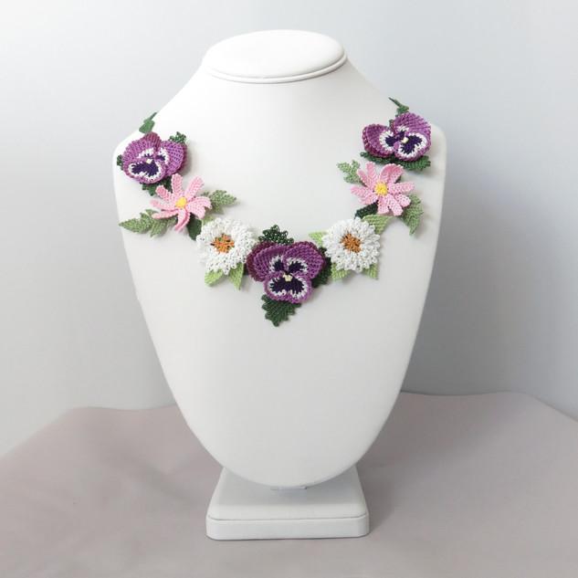 turkish_oya_lace_spring_pansies_daisies_chrysant