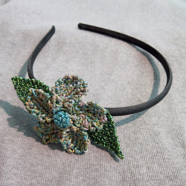 oya_lace_metallic_flower_headband_02.JPG