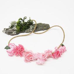 oya_lace_carnation_necklace_01.JPG