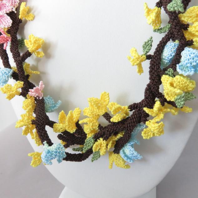 turkish_oya_lace_forsynthia_necklace_10.JPG