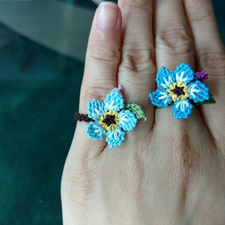 oya_lace_forget_me_not_ring_01.jpg