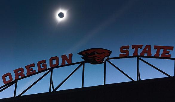 Oregon States Reeser Stadium on Eclpise Day