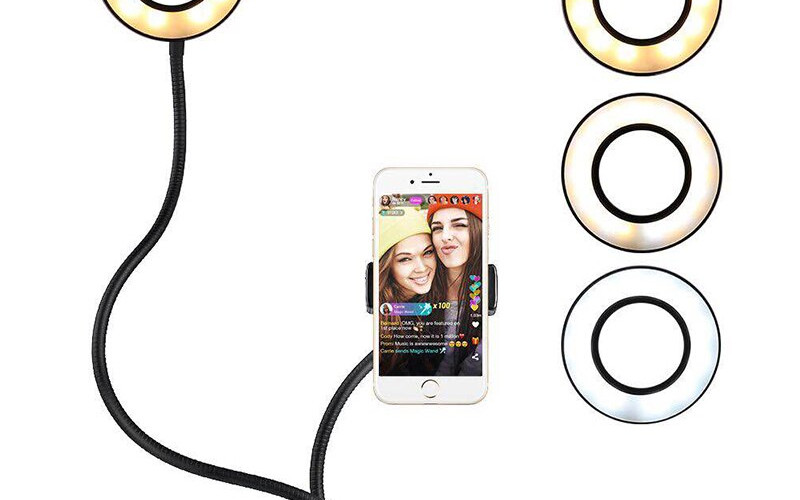 3_Selfie-LED-Stand-Youtube.jpg