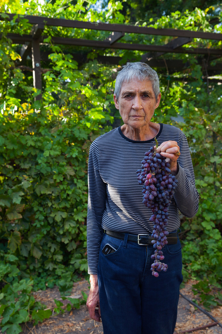 Fritz with Grapes